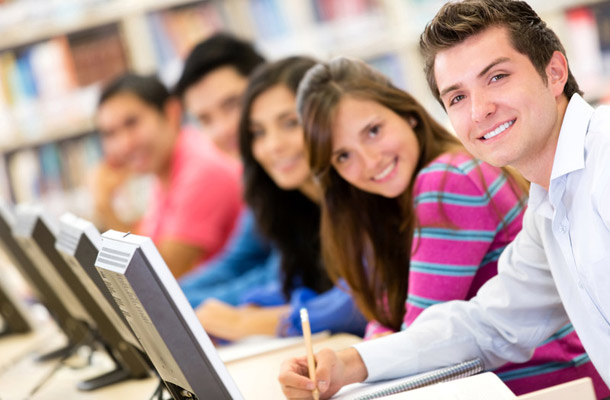 students-learning-via-the-web